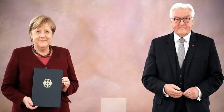 استعفای آنگلا مرکل توسط رئیسجمهور آلمان پذیرفته شد