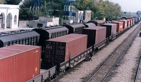 Azerbaijan Agrees to Invest in Iran's Astara Railway Terminal