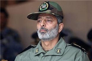Army, IRGC Commanders Condole Martyrdom of Iranian Naval Forces in Sunday Incident