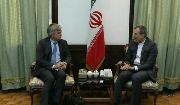 Iran, Sweden Call for Peaceful Resolution to Yemen's Crisis