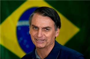 Bolsonaro Ignored by State Governors Amid Anger at Handling of Covid-19 Crisis