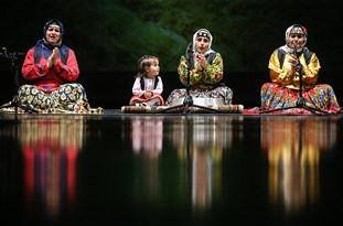 Iran Holds Folk Music Festival in Southern Province