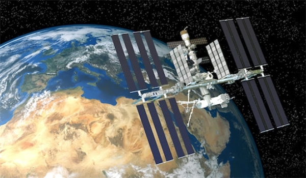 Official: Iran Enjoying Technology to Make Satellite in 9 Months