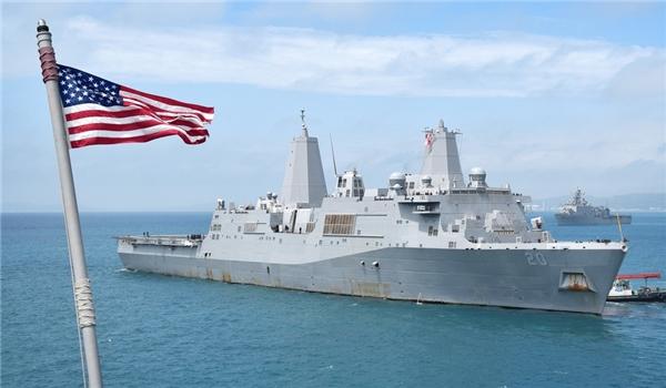 "IRGC Lambasts US Navy for ""Unprofessional"", ""Dangerous"" Scenes in Persian Gulf"