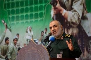 IRGC Commander: Iran Not to Bow to Enemies