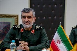 Commander Stresses Friendly, Deep Ties of IRGC and Iran's Army