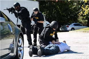 Report: DEA Agent Accused of Conspiring with Cartel