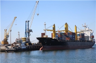 Chabahar Port in Southern Iran Takes Delivery of Large Sugar Cargo