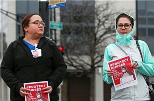 US Nurses Herald Protest over Lack of Safety Gear Putting Them at Risk of Covid-19
