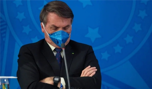 Brazil's Media Community to Sue Bolsonaro After He Stood Close to Reporters, Removed Mask While Announcing He's COVID-Positive