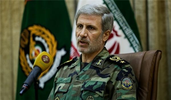 DM: IRGC Speed Boats Tighten Security Belt in Persian Gulf