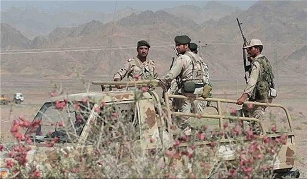 Three Border Guards Martyred in Anti-Terror Clashes in Northwestern Iran