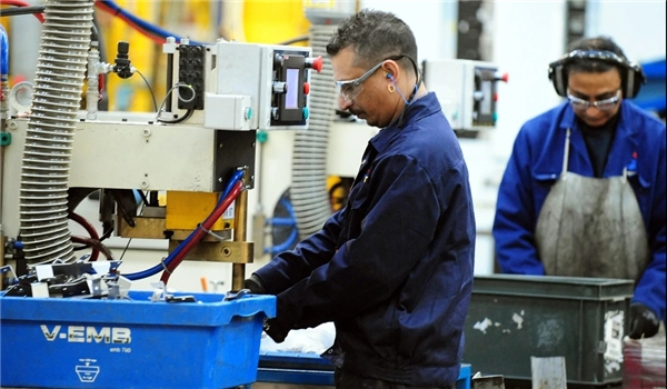 Report: Manufacturing Sector in UK May Not Recover Until 2022