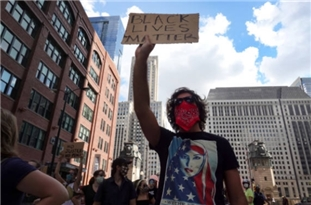 US: Protestors Hold Anti-Racism March in Chicago