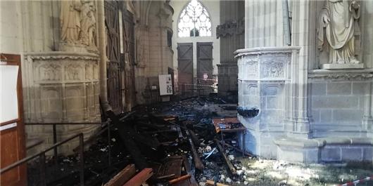کلیسا فرانسه