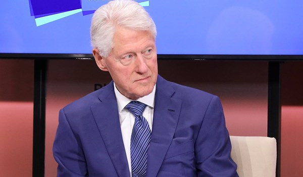 Virginia Giuffre Says Bill Clinton Went to Epstein's Island With 2 'Young Girls'