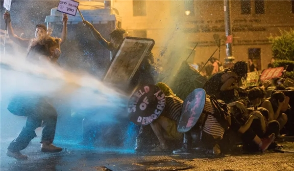 Police: Israel in A State of Social Chaos