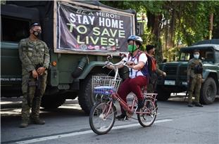 More Than 27 Million Return to Lockdown in Philippines as Virus Cases Soar