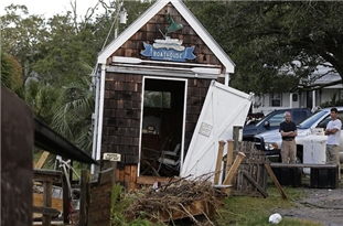 Isaias Hurricane in US: At Least Seven Dead, +3 Million Without Power across Northeast