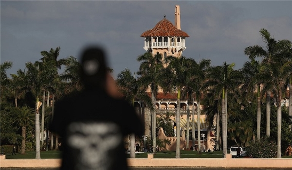 3 Teens with Loaded AK-47 Hop Wall into Trump's Mar-a-Lago