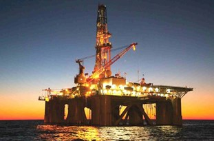 Iran's Oil Industry Turns Sanctions into Opportunities