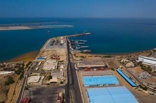 Deputy Minister: Iran to Host Huge Cargo Vessels by Building New Port in Makran Region