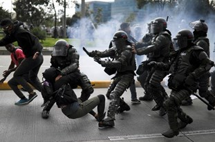 Colombians Protest Against Government, Police Brutality