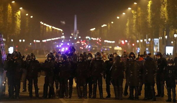 Clashes, Vandalism, Looting Erupt in Paris After PSG Champions League Defeat, +80 Arrested