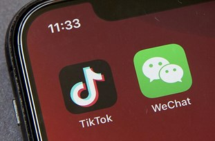 WeChat Users Sue to Block Trump Ban on Chinese App