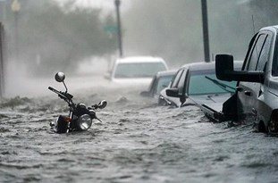 US: Third Worst Floods Ever in Pensacola as Hurricane Sally Inches along Coastal States