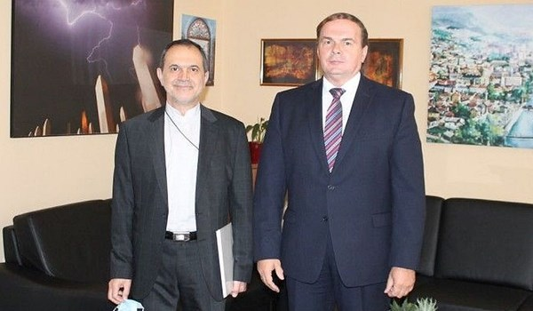 New Envoy Stresses Solidarity, Cooperation with Bosnia