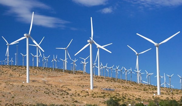 Iran Unveils, Launches 1st Middle-Sized Wind Turbine