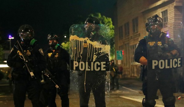 US Police Arrest 11 as Rioting Resumes in Portland