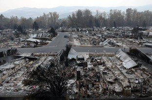 US: Fires Leave Apocalyptic Scenes in Oregon