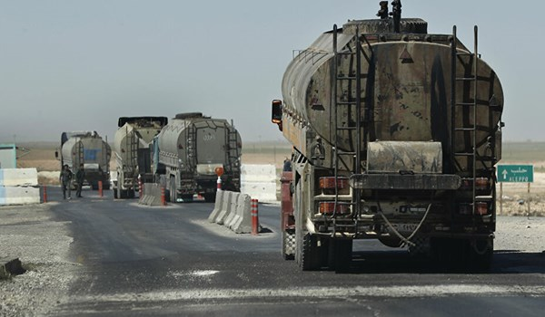 Report: US Smuggles Three Dozen Oil Tankers Out of Syria by Dead of Night